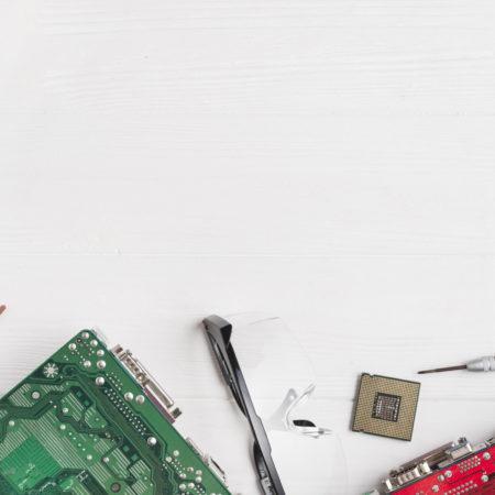 الکترونیک پایه با شبیه ساز و پروژه محور